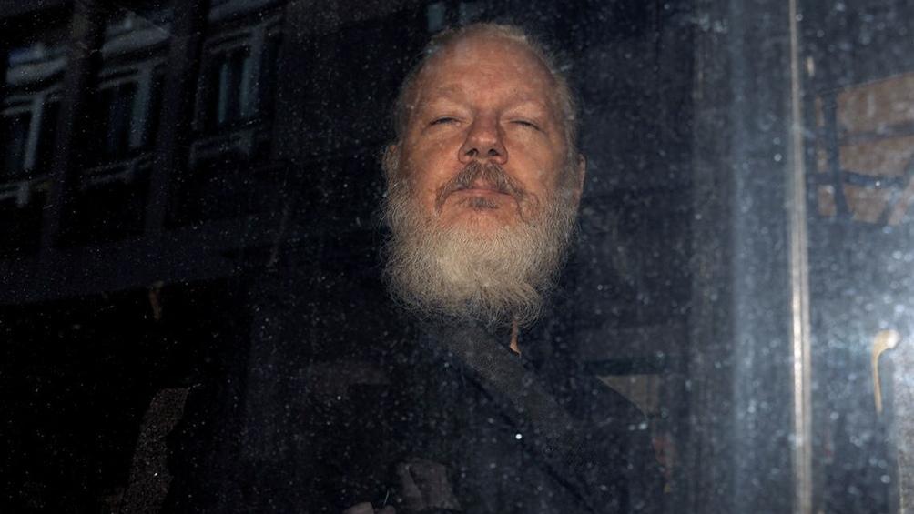 Privado de su libertad desde hace más de ocho años, la Justicia británica rechazó hoy su extradición a Estados Unidos.