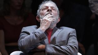 Lula vencería en primera y segunda vuelta a Bolsonaro, según una encuesta