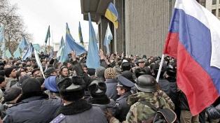 Ucrania protesta contra la inauguración de una vía férrea entre Rusia y Crimea
