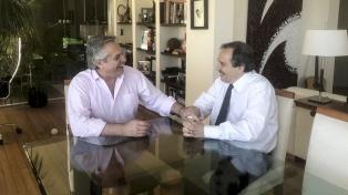 """Fernández y Alfonsín coincidieron en """"la necesidad del esfuerzo conjunto para salir de la crisis"""""""