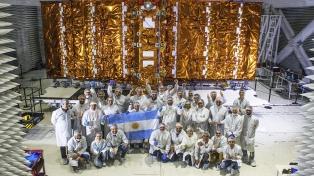 El satélite argentino Saocom 1B terminó las pruebas y será enviado a EEUU para su lanzamiento