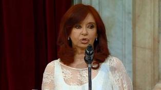 Cristina Fernández desmintió al diario Clarín por viáticos de su viaje a Cuba