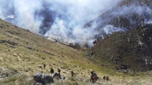 Diez provincias continúan afectadas por los incendios forestales y hay focos activos en cinco