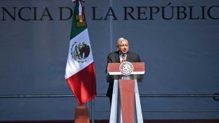 Pese a 4.050 casos diarios, López Obrador dice que México está por salir de la pandemia