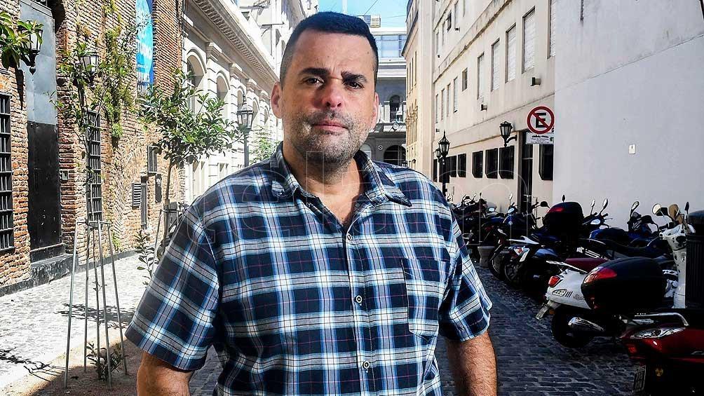 Daniel Menéndez, es el coordinador nacional de Somos Barrios de Pie y candidato a diputado nacional por el Frente de Todos.