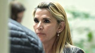 Áñez vetó a dos argentinos expertos en Derechos Humanos de la CIDH
