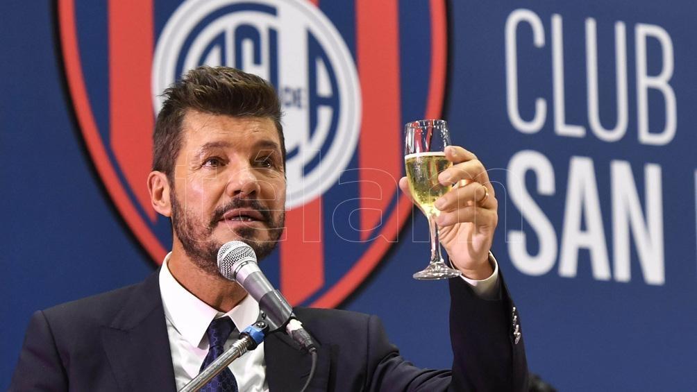 """Tinelli adelantó que """"muy pronto"""", se podrá ver """"la maqueta del estadio en nuestro predio de Avenida La Plata (1700)""""."""