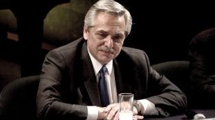 Fernández analizó con Massa y Máximo Kirchner la agenda parlamentaria de extraordinarias