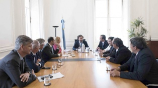 El jefe de Gabinete recibió a intendentes de Río Negro