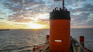 Zarpó el Irízar en un viaje de diez mil kilómetros para abastecer las bases antárticas argentinas