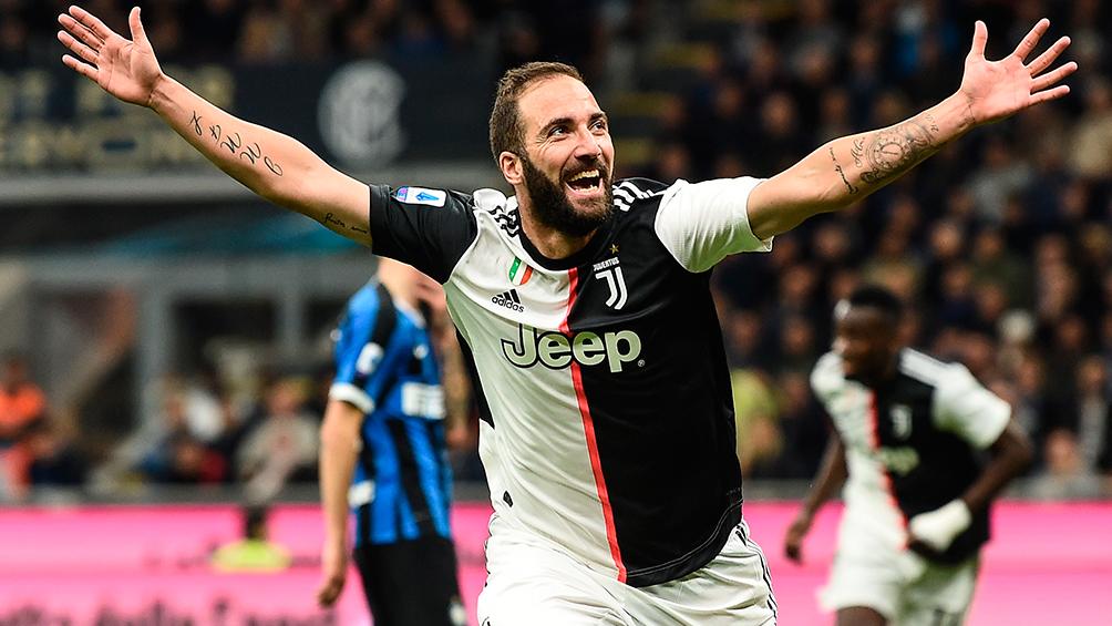 Higuaín tendrá que anunciarle a la Juventus qué hará con su futuro