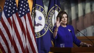 Atacaron la casa de la presidenta de la Cámara de Representantes de EEUU