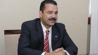 Evalúan tomarle declaración al ex jefe de Interpol
