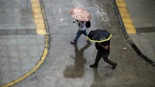 Lluvias fuertes y vientos en la Ciudad de Buenos Aires y alrededores