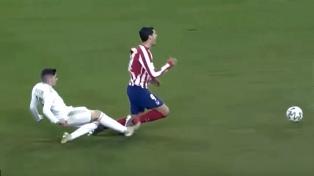 Valverde, del Real Madrid, fue suspendido solo por una fecha por la expulsión en la Supercopa