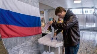 Una veintena de regiones de Rusia vota autoridades locales