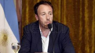 El gobierno bonaerense pagará en cuotas el medio aguinaldo de sueldos de más de $ 80.000