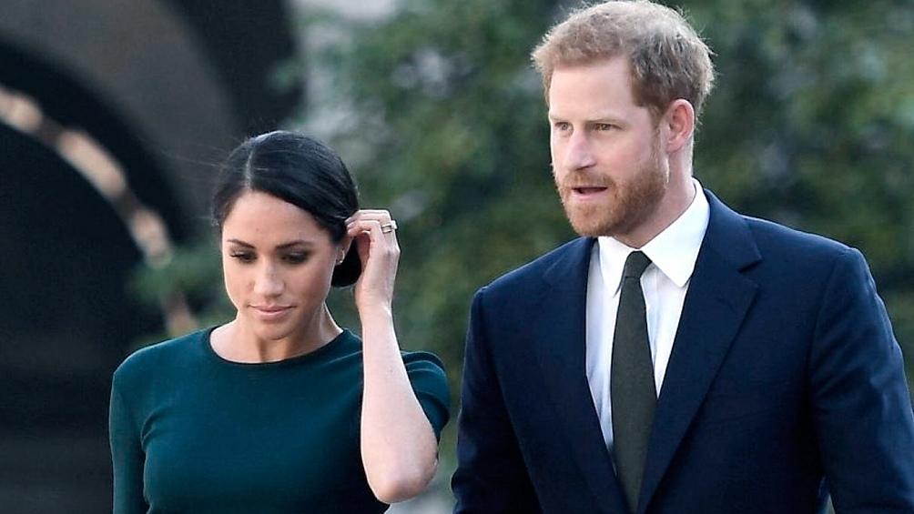 El príncipe Harry y su esposa, Meghan Markle, firmaron un acuerdo con Netflix para producir su primera serie documental