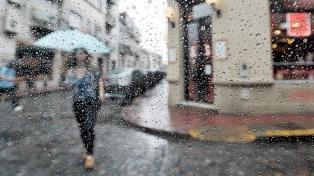Llega la lluvia a Buenos Aires, tras el alerta naranja por el calor