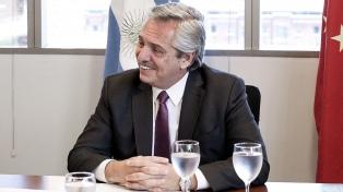 El presidente Fernández recibirá a autoridades de la CAF