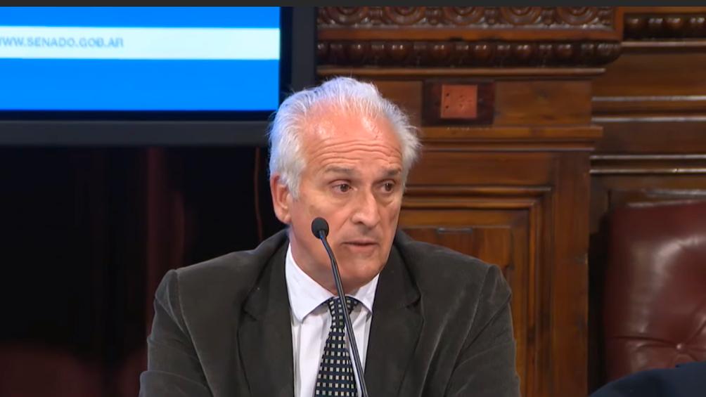 Carlos Cruz fue designado presidente de la Unidad de Información Financiera