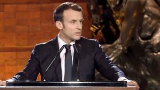 Macron anunció una cuasi cuarentena y más estado de bienestar para reducir consecuencias