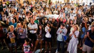 Los padres de Fernando encabezaron una marcha de silencio en el Parque Rivadavia