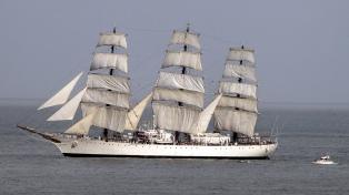 La Fragata Libertad llega hoy a Mar del Plata y se quedará hasta el domingo
