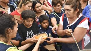 Jujuy: manifestación con ollas populares en reclamo de asistencia alimentaria