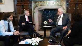 """González García dijo que el país y el sistema sanitario mundial """"están en alerta"""" por el coronavirus"""