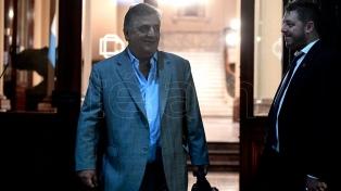 """Negri pidió que """"vuelva a sesionar el Congreso"""""""