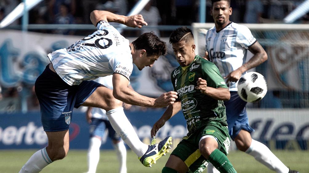 Atlético Tucumán recibe a Defensa y Justicia, con el debut de Crespo
