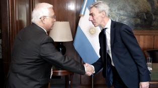 Buscan profundizar la cooperación con EE.UU. en transporte