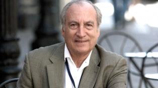 Se cumplen diez años de la muerte del periodista y escritor Tomás Eloy Martínez