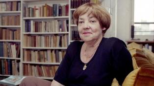 Homenajean a María Elena Walsh en el Festival Solidario de Teatro Infantil Abracadabra