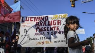 Familiares y amigos de Luciano Arruga marcharon al cumplirse 11 años de la desaparición