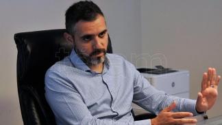"""El funcionario Cristian Girard señaló que lo que hay que hacer es """"dotar de progresividad a la estructura tributaria""""."""