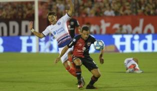 Newell´s venció a San Lorenzo con un golazo de Moreno