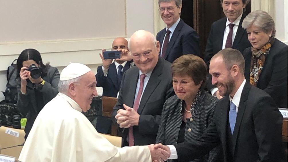 Martín Guzmás y Kirstalina Georgieva se encontrarán en un seminario en el Vaticano.