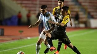 Atlético Tucumán tuvo un traspié en su debut