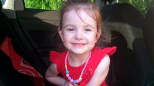Lanzan una campaña en busca de un donante de corazón para una niña de 3 años