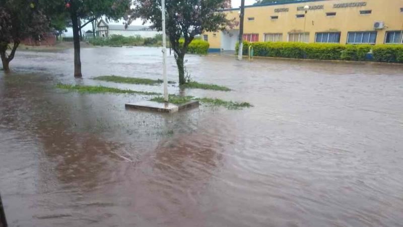 Lluvias fuertes causaron cortes de rutas en Tucumán