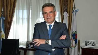 """Rossi pidió """"transmitir el heroísmo"""" de los tripulantes del General Belgrano a nuevas generaciones"""