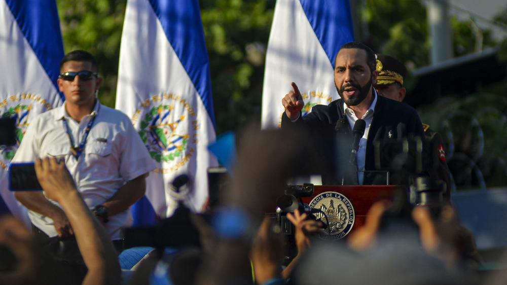 Miles de personas protestaron en El Salvador contra el Gobierno de Bukele