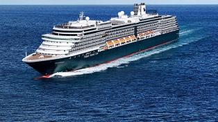 Autoridades panameñas supervisaron asistencia al crucero que había zarpado de Buenos Aires