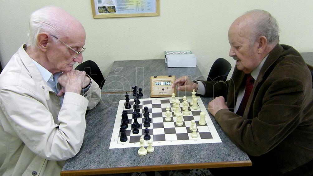 Cobran los jubilados y pensionados con ingresos hasta $ 23.120 y DNI terminado en 5