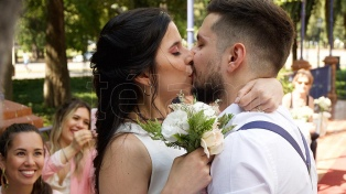 Cartas de amor en tiempos de whatsapp y casamientos en el Rosedal