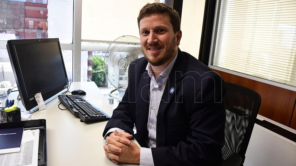 Secundado por la mediática Amalia Granata, Federico Angelini será precandidato a senador nacional por el PRO.