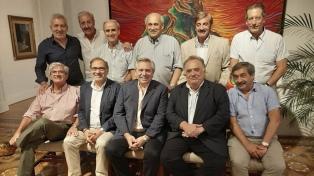 Fernández saludó a los embajadores Argüello e Iribarne, quienes parten a sus nuevos destinos
