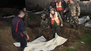 Encuentran una fosa común con 70 cadáveres en un antiguo bastión rebelde